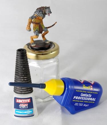 Super Glue and plastic glue