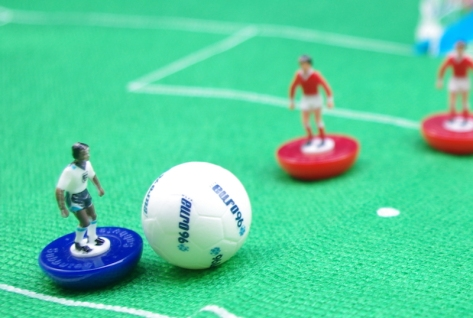Subbuteo - On the ball!