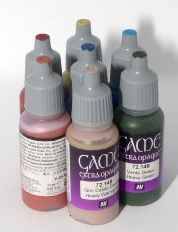 Paints with lids coloured