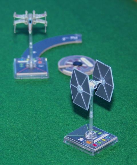 Star Wars: X-Wing - Tie vs X-Wing